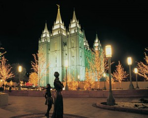 Mormon Temple on Christmas